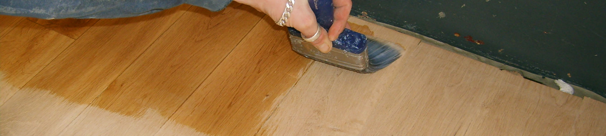 oiling wooden floors